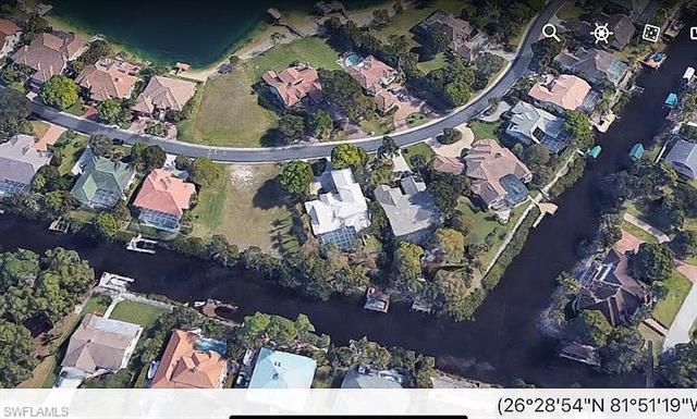 5631 Harborage Dr, Fort Myers, FL 33908