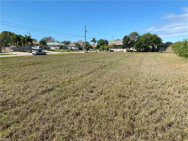 605 Se 2nd St, Cape Coral, FL 33990
