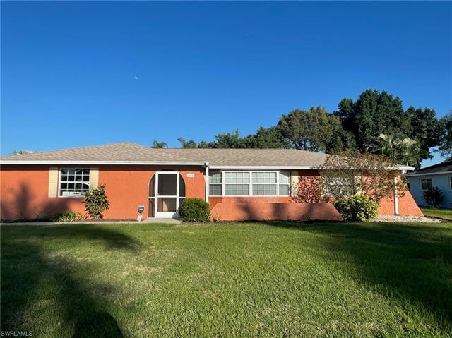 1403 Se 21st Ave, Cape Coral, FL 33990