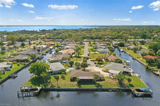 4353 S Canal Cir, North Fort Myers, FL 33903