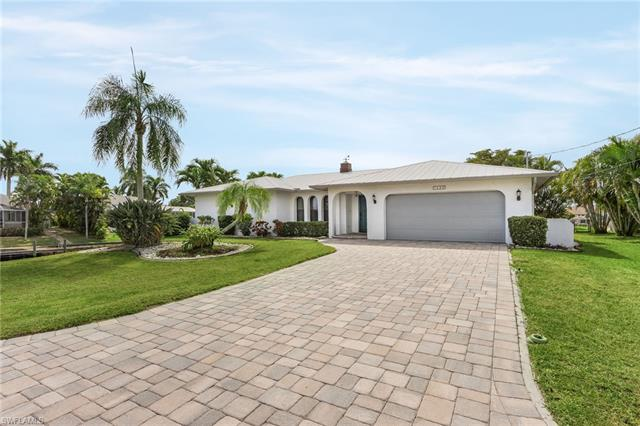 1028 Se 14th Ter, Cape Coral, FL 33990