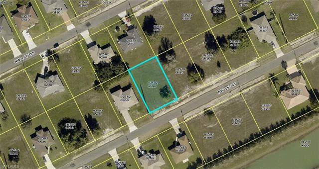 425 Nw 1st St, Cape Coral, FL 33993
