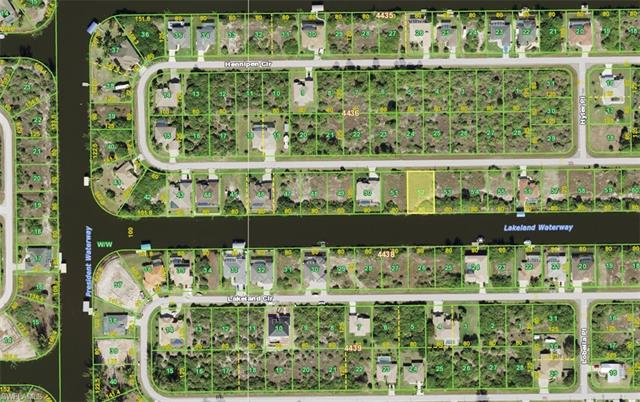 15384 Hennipen Cir, Port Charlotte, FL 33981