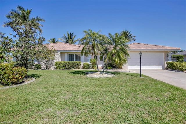 1011 S Town And River Dr, Fort Myers, FL 33919