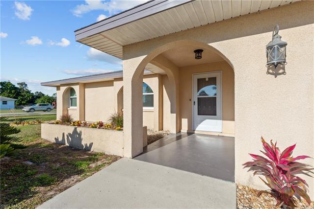 18765 Matanzas Rd, Fort Myers, FL 33967