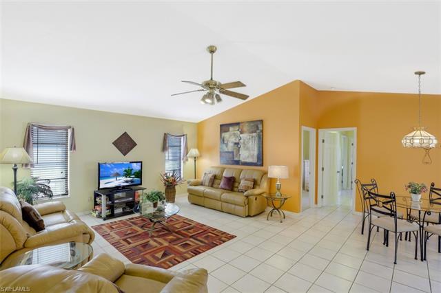 1304 Se 37th Ln, Cape Coral, FL 33904