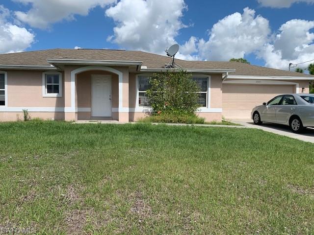 3206 51st St W, Lehigh Acres, FL 33971