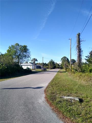 13040 Deepwoods Ave, Port Charlotte, FL 33981