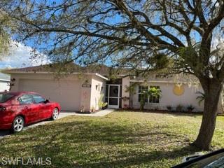 15552 Horseshoe Ln, Fort Myers, FL 33905