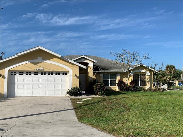 330 Bamboo Dr, North Fort Myers, FL 33917