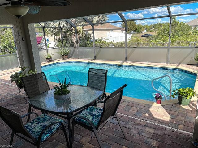 3001 Ne 4th Pl, Cape Coral, FL 33909