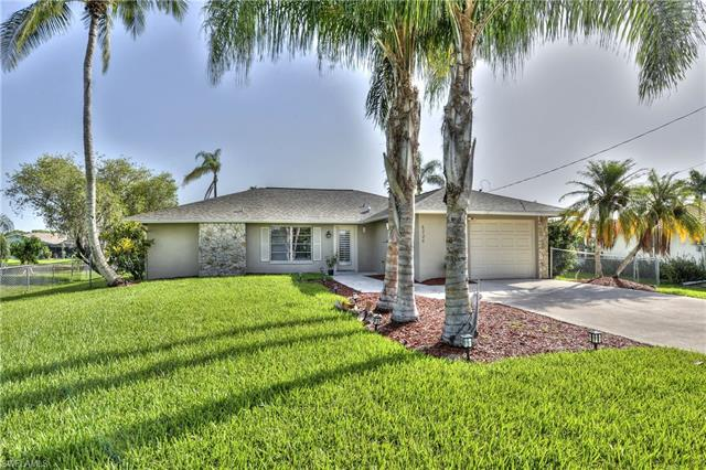 6226 Cocos Dr, Fort Myers, FL 33908