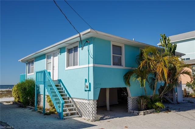 1662 I St, Fort Myers Beach, FL 33931