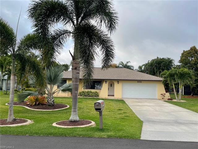 906 Sw 52nd St, Cape Coral, FL 33914