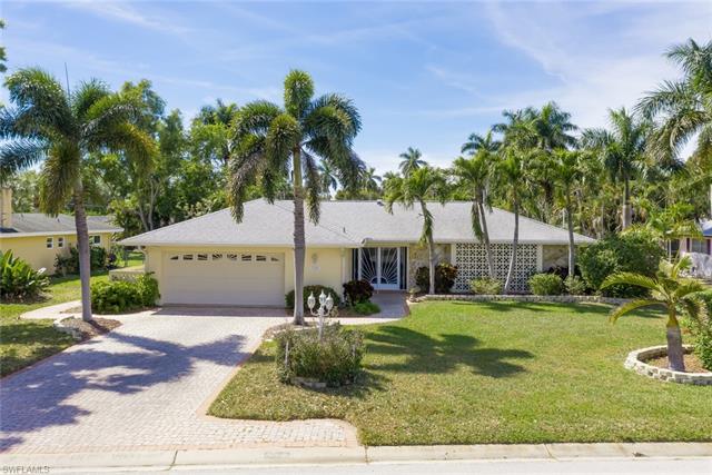 5104 Fairfield Dr, Fort Myers, FL 33919