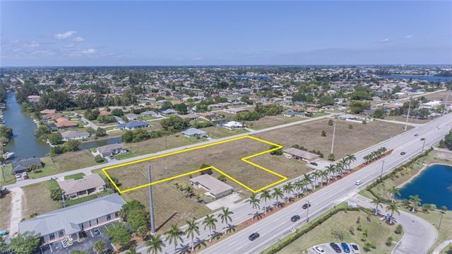 1420 Santa Barbara Blvd, Cape Coral, FL 33991