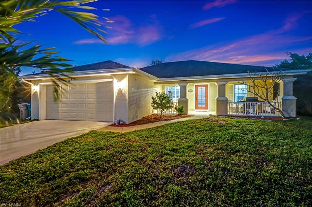 817 Ne 6th Ave, Cape Coral, FL 33909