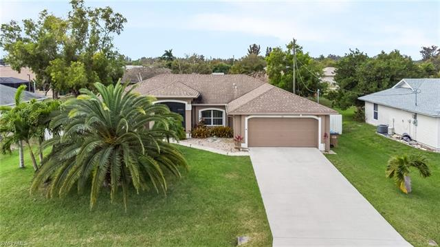 810 Sw 10th Pl, Cape Coral, FL 33991