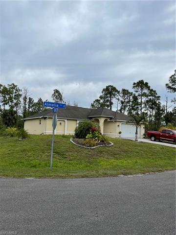 711 Almelia St E, Lehigh Acres, FL 33974