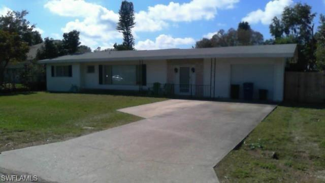 18624 Flamingo Rd, Fort Myers, FL 33967