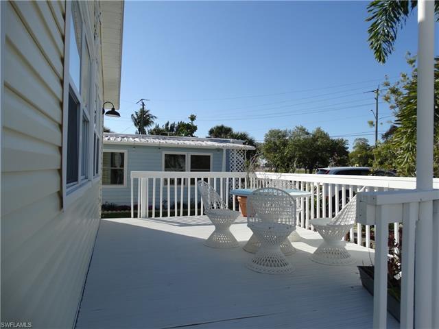 41 Helen Ln, Fort Myers Beach, FL 33931