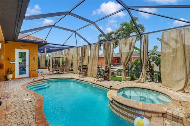 225 Sw 22nd Ter, Cape Coral, FL 33991