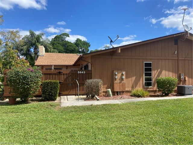 5643 Foxlake Dr, Fort Myers, FL 33917