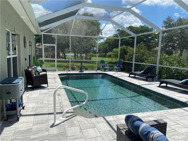 2450 Verdmont Ct, Cape Coral, FL 33991
