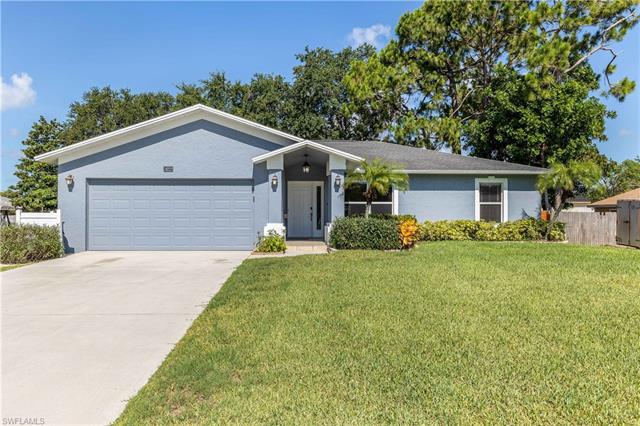 18222 Oriole Rd, Fort Myers, FL 33967