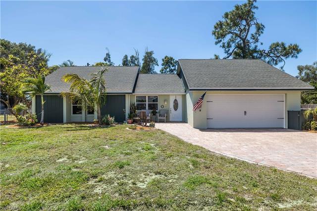 18494 Geranium Rd, Fort Myers, FL 33967