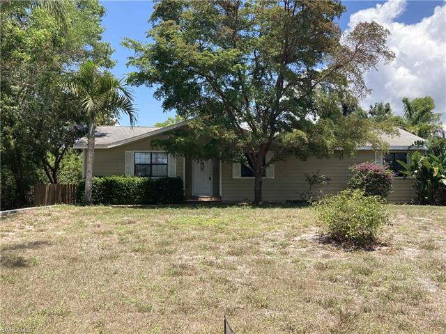 8429 Cardinal Rd, Fort Myers, FL 33967