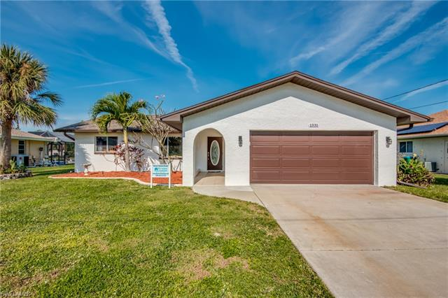 1331 Se 38th St, Cape Coral, FL 33904