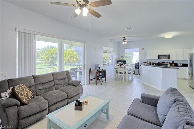 2743 Blue Cypress Lake Ct, Cape Coral, FL 33909