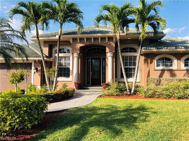 8666 Lakefront Ct, Fort Myers, FL 33908