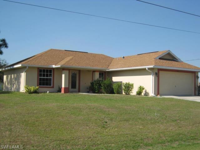 917 Venice Ave N, Lehigh Acres, FL 33971