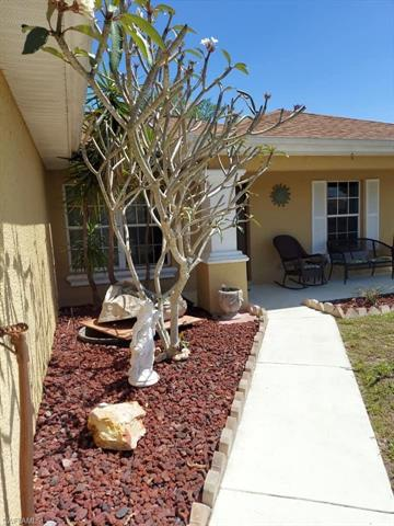 1205 Nw 15th Pl, Cape Coral, FL 33993