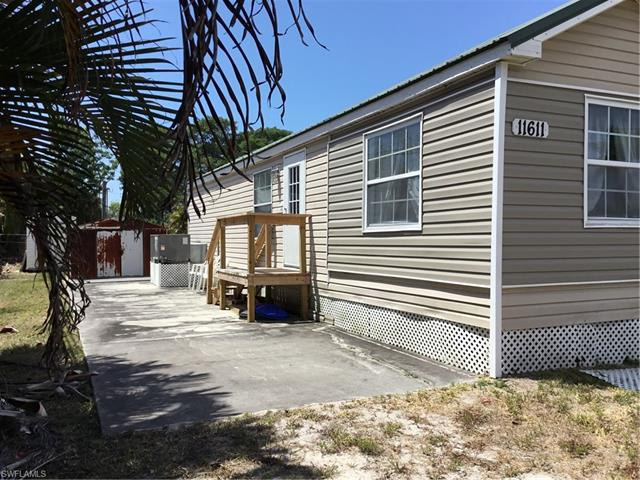 11611 Stringfellow Rd, Bokeelia, FL 33922