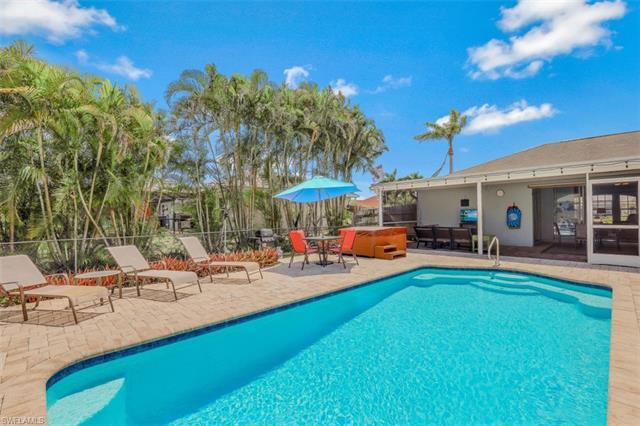 1303 Sw 35th St, Cape Coral, FL 33914