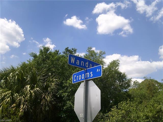 2025 Wanda Ave N, Lehigh Acres, FL 33971