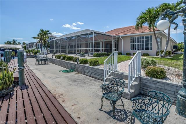 3821 Se 21st Pl, Cape Coral, FL 33904