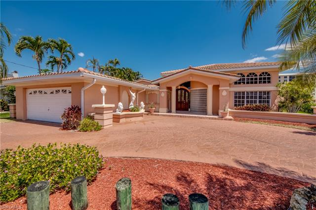 2005 Se 44th St, Cape Coral, FL 33904