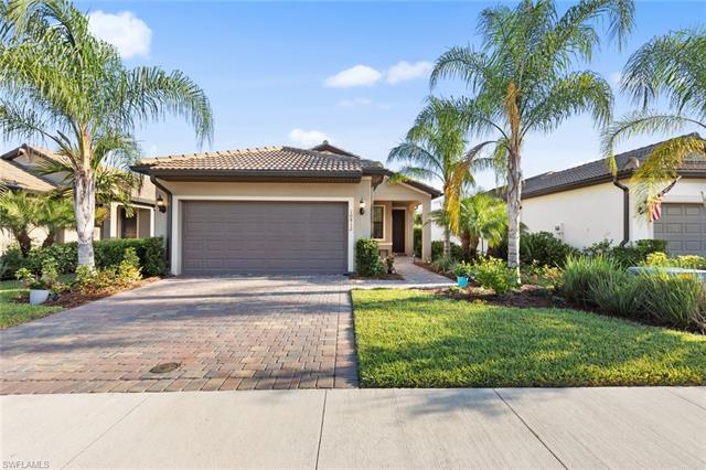 10812 Glenhurst St, Fort Myers, FL 33913