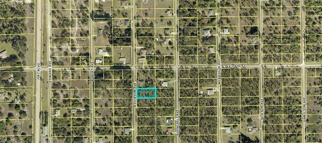 1318 Jefferson Ave, Lehigh Acres, FL 33972