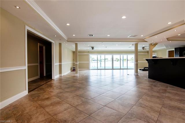 2728 Shelby Pky, Cape Coral, FL 33904