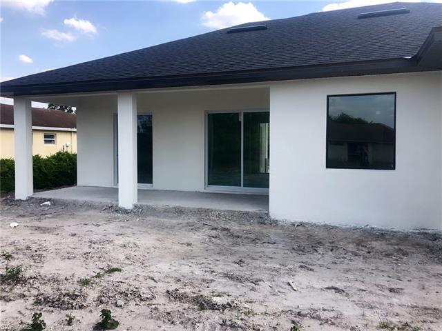 2618 6th St Sw, Lehigh Acres, FL 33976