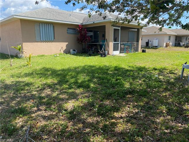 1632 Nw 2nd St, Cape Coral, FL 33993