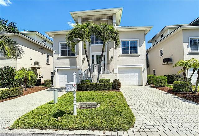 12216 Siesta Dr, Fort Myers Beach, FL 33931