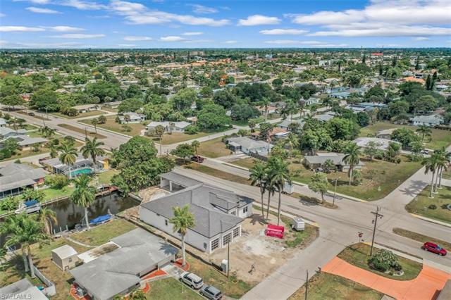 5302 Malaluka Ct, Cape Coral, FL 33904