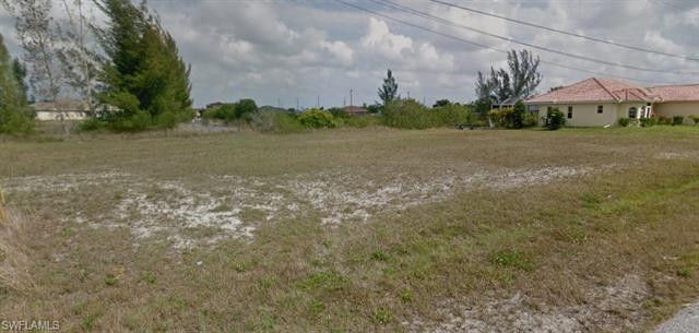 1735 Ne 1st Ave, Cape Coral, FL 33909