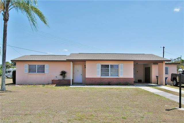 1202 Barnsdale St, Lehigh Acres, FL 33936
